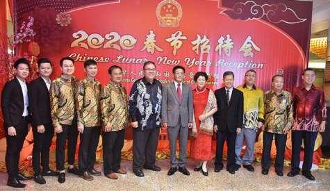 《中国驻古晋总领馆春节招待会》  阿邦佐:华社对砂发展贡献大